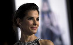 """Cast member Sandra Bullock poses at the premiere of """"Our Brand Is Crisis"""" in Hollywood, California October 26, 2015.   REUTERS/Mario Anzuoni/Files"""