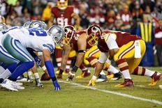 Dallas Cowboys tight end Jason Witten (82) lines up against Washington Redskins defensive end Stephen Paea (90) in the second quarter at FedEx Field. Mandatory Credit: Geoff Burke-USA TODAY Sports