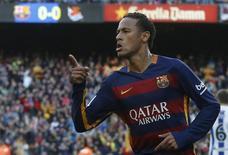 Neymar, do Barcelona, em jogo contra a Real Sociedad pelo Campeonato Espanhol. 28/11/2015 REUTERS/Albert Gea
