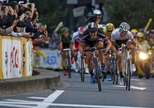 Competição de ciclismo em Saitama, Japão.  24/10/2015   REUTERS/Yuya Shino