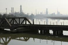 A view of the Tesoro refinery in Martinez, California, February 2, 2015.  REUTERS/Robert Galbraith