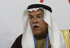 وزير البترول السعودي علي النعيمي في فرنسا يوم الاثنين. تصوير: جاكي نيجيلين - رويترز