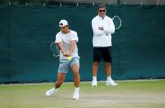 Tennis - Wimbledon Preview - All England Lawn Tennis & Croquet Club, Wimbledon, England - 28/6/15 Spain's Rafael Nadal and coach Toni Nadal during practice Action Images via Reuters / Andrew Couldridge Livepic
