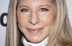 Barbra Streisand arrives for the Glamour Magazine Women of the Year event in New York, November 11, 2013.    REUTERS/Carlo Allegri