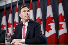 Canada's Finance Minister Bill Morneau takes part in a news conference in Ottawa, Canada, December 7, 2015.  REUTERS/Chris Wattie?