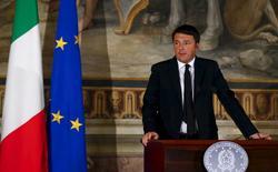 Primeiro-ministro italiano, Matteo Renzi, durante discurso em Roma.   24/11/2015   REUTERS/Tony Gentile