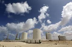 Terminal de petróleo em Zueitina, Líbia, uma das áreas que, segundo os EUA, o Estado Islâmico pode buscar ativos.    07/04/2014   REUTERS/Esam Omran Al-Fetori