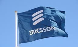 L'équipementier télécoms suédois Ericsson a signé un accord sur la propriété intellectuelle avec Apple, qui met fin à plusieurs mois de litige avec le fabricant de l'iPhone. /Photo d'archives/REUTERS/Jonas Ekstromer/TT