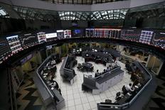 Vista general del interior de la Bolsa de México, en Ciudad de México, 24 de agosto de 2015. Las acciones de la firma mexicana de torres celulares Telesites, producto de la escisión de una parte de América Móvil, debutaban el lunes en la bolsa mexicana con un alza de más de un 2.0 por ciento. REUTERS/Edgard Garrido