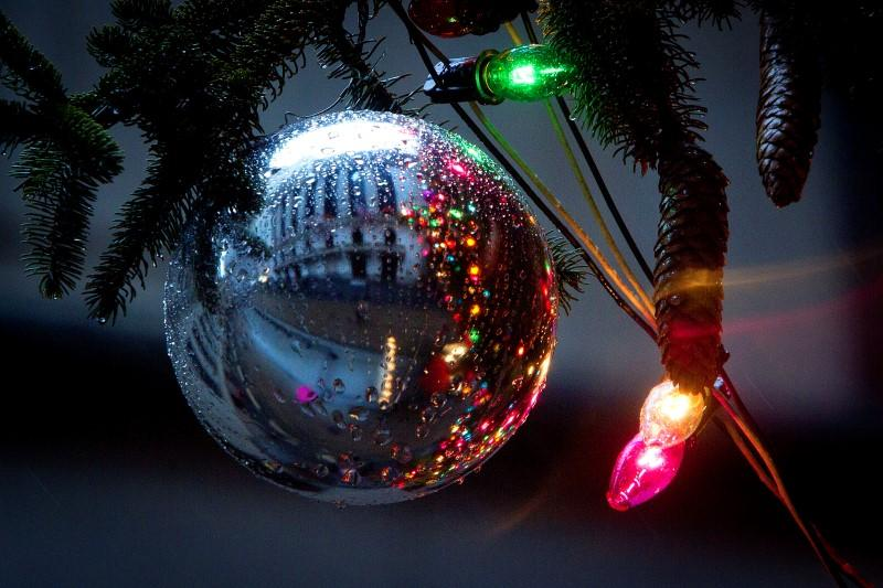 Make your holidays bright with a Roth IRA conversion