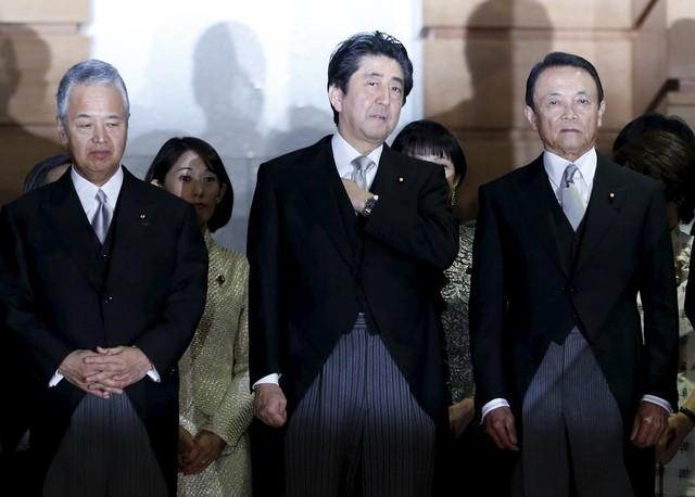12月22日、税収上振れ分を恒久財源にできるのか──。このテーマで政府内に深刻な亀裂が生じつつある。写真は都内で10月撮影(2015年 ロイター/Yuya Shino)