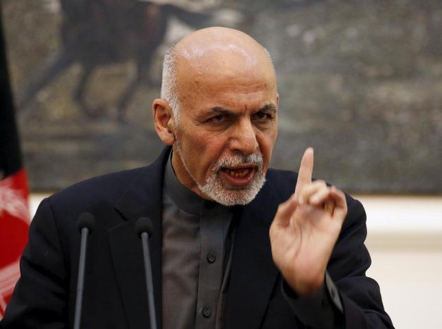 Afghanistan's President Ashraf Ghani speaks during a news conference in Kabul, Afghanistan December 11, 2015. REUTERS/Omar Sobhani