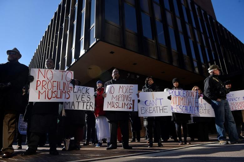 Muslims and their supporters participate in a rally for Muslim rights outside of the James A. Byrne Federal Courthouse in Philadelphia January 13, 2015.  REUTERS/Charles Mostoller