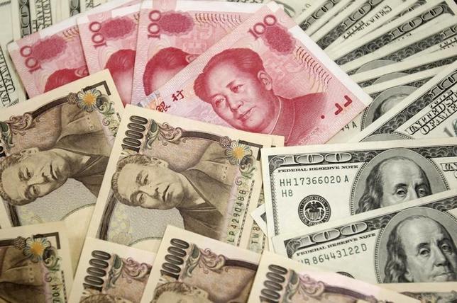 1月8日、来週の外為市場で、ドルは引き続き下方リスクが警戒される。写真はソウルで2010年10年撮影(2016年 ロイター/Truth Leem)