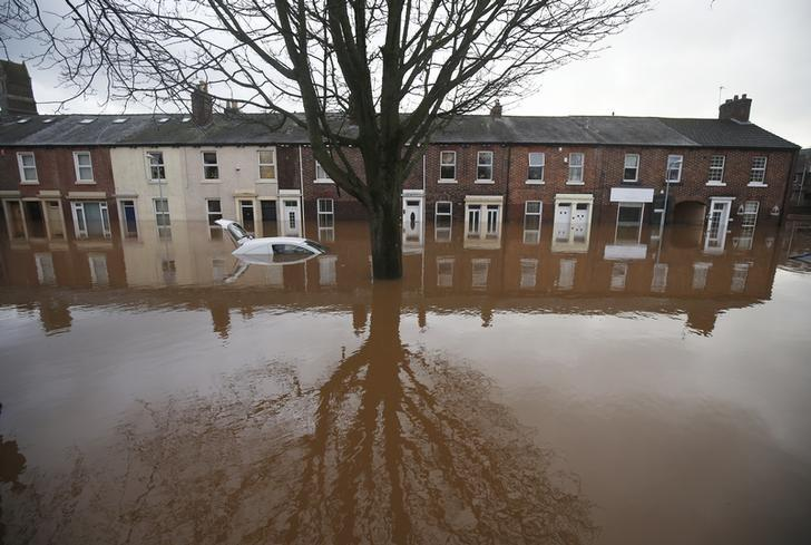 The city centre in seen under flood waters in Carlisle, north west England, December 7, 2015. REUTERS/Andrew Yates
