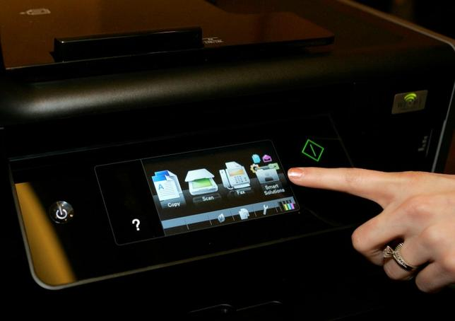 A touch screen menu is displayed on a Lexmark Platinum Pro905 printer at the 2010 International Consumer Electronics Show (CES) in Las Vegas, Nevada REUTERS/Steve Marcus