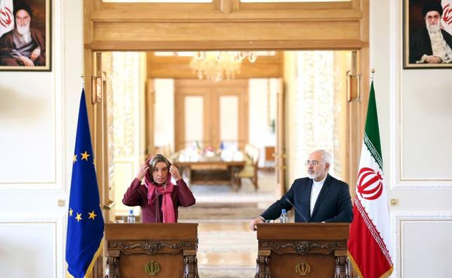 European Union foreign policy chief Federica Mogherini (L) attends a joint news conference with Iran's Foreign Minister Mohammad Javad Zarif in Tehran in this July 28, 2015 file photo. REUTERS/Raheb Homavandi/TIMA