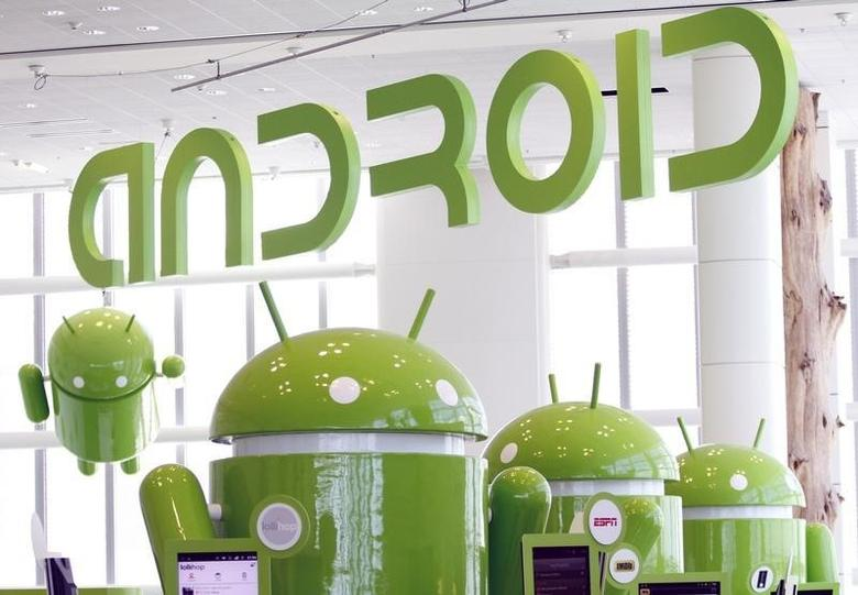 Android mascots are lined up in the demonstration area at the Google I/O Developers Conference in the Moscone Center in San Francisco, California, May 10, 2011. REUTERS/Beck Diefenbach