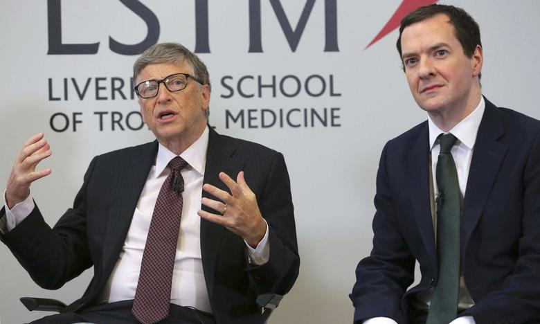 Microsoft co-founder Bill Gates (L) speaks as he sits with Britain's Chancellor George Osborne during a visit to the Liverpool School of Tropical Medicine in Liverpool, Britain January 25, 2016. REUTERS/Dave Thompson/pool