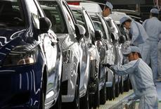 Toyota Motor va arrêter la production de la totalité de ses usines de montage au Japon du 8 au 13 février en raison d'une pénurie d'acier due à une explosion survenue dans une aciérie gérée par l'un de ses affiliés. /Photo d'archives/REUTERS/Yuriko Nakao
