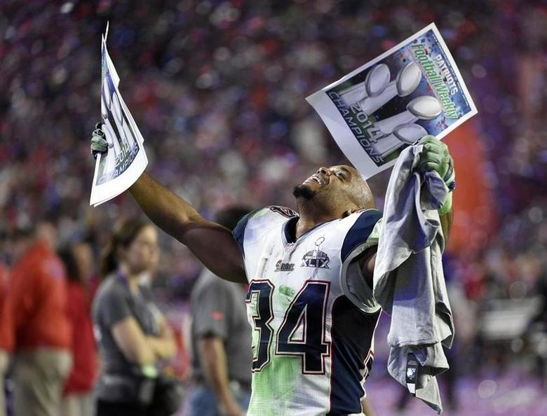 Feb 1, 2015; Glendale, AZ, USA; New England Patriots running back Shane Vereen (34) celebrates after defeating the Seattle Seahawks in Super Bowl XLIX at University of Phoenix Stadium. Mandatory Credit: Kyle Terada-USA TODAY Sports