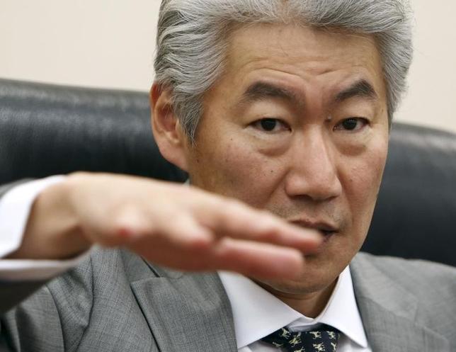 2月9日、野村ホールディングスの永井CEOは、米州ホールセールビジネスについて、マーケッツを中心とする業務から戦略を変え、M&Aアドバイザリーや株式引受けなどの業務強化で拡大を目指す方針を示した(2016年 ロイター/Yuya Shino)