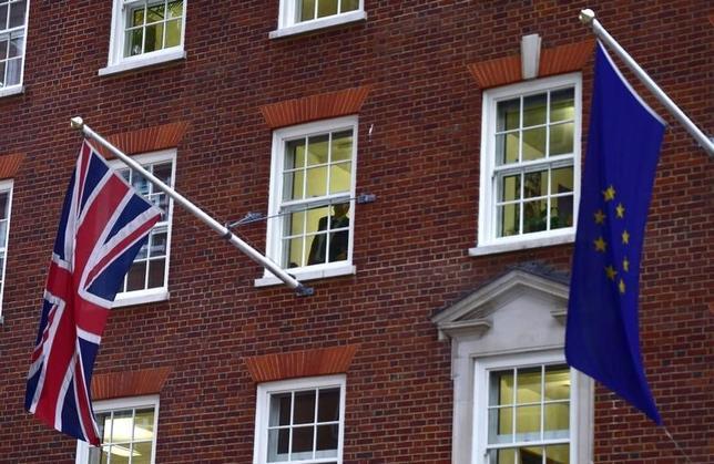 2月11日、英国とEUの交渉担当者は、英国をEUに残留させるための改革案について大筋合意した。写真はロンドンで昨年11月撮影(2016年 ロイター/Toby Melville)