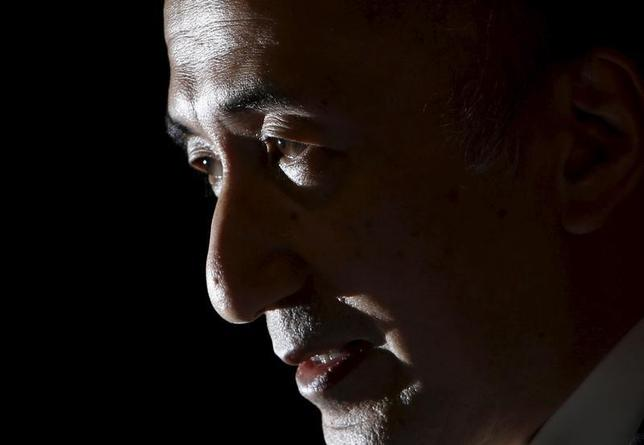 2月12日、日銀の中曽宏副総裁は、マイナス金利は銀行収益への負荷を軽減する設計で、銀行株下落は行き過ぎとの認識を示した。写真は都内で昨年4月撮影(2016年 ロイター/Yuya Shino)