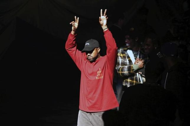 Kanye West acknowledges attendees before his Yeezy Season 3 Collection presentation and listening party for the ''The Life of Pablo'' album during New York Fashion Week February 11, 2016. REUTERS/Andrew Kelly