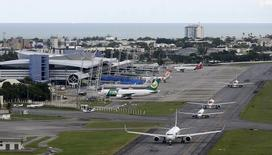 Aeroporto internacional do Recife. 06/04/2014 REUTERS/Paulo Whitaker