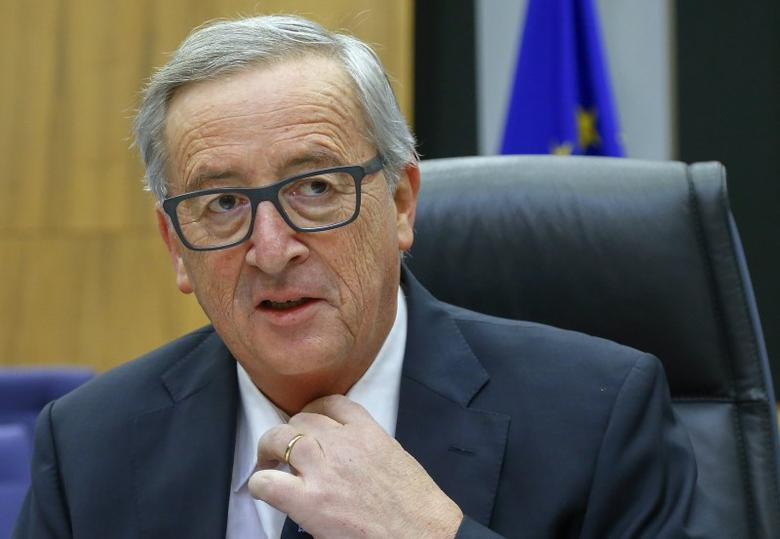 European Commission President Jean-Claude Juncker attends an extraordinary meeting with EU commissioners on Portugal's budget in Brussels, Belgium, February 5, 2016.  REUTERS/Yves Herman
