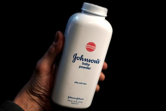 A bottle of Johnson and Johnson Baby Powder is seen in a photo illustration taken in New York, February 24, 2016.  REUTERS/Mike Segar/Illustration