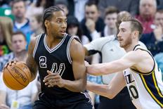 Feb 25, 2016; Salt Lake City, UT, USA; Utah Jazz forward Gordon Hayward (20) defends against San Antonio Spurs forward Kawhi Leonard (2) during the first half at Vivint Smart Home Arena. Mandatory Credit: Russ Isabella-USA TODAY Sports