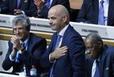 Recém-eleito presidente da Fifa, Gianni Infantino, após ser eleito na eleição em Zurique. 26/02/2016 REUTERS/Ruben Sprich