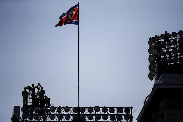 3月3日、国連安保理が対北朝鮮制裁決議を採択したことを受け、欧州連合(EU)が追加の独自制裁を検討していることが分かった。写真は2015年10月、平壌で(2016年 ロイター/Damir Sagolj)