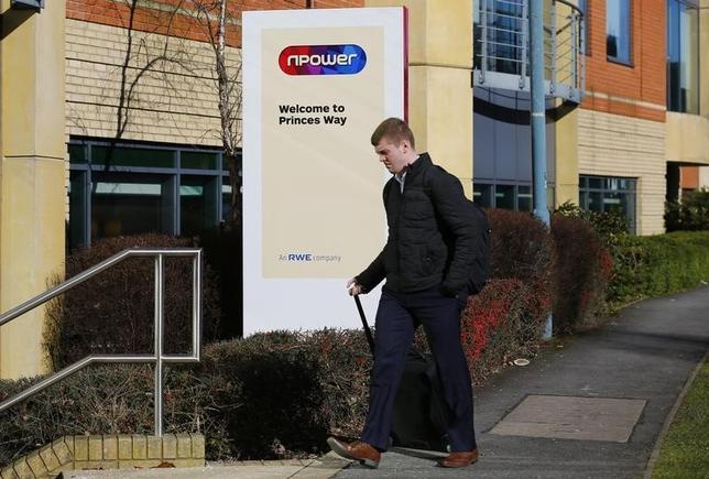 A man enters an npower facility in Solihull,  Britain March 7, 2016.  REUTERS/Darren Staples