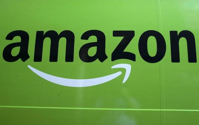 An ''Amazon Fresh'' delivery truck is seen parked in Brooklyn, New York, August 28, 2015. REUTERS/Brendan McDermid/Files