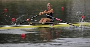 Emma Twigg of New Zealand competes during the women's single sculls semifinal rowing competition at the Beijing 2008 Olympic Games in Shunyi Rowing-Canoeing Park August 13, 2008.     REUTERS/Aly Song