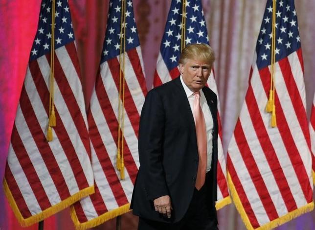 3月16日、米フォックス・ニュースは、来週21日にユタ州で予定していた米大統領選の共和党候補者討論会を中止することを明らかにした。写真はフロリダ州で15日撮影(2016年 ロイター/Joe Skipper)