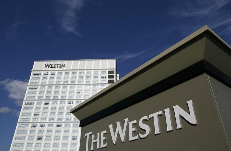 The Westin Lombard Yorktown Center, a hotel of the Starwood chain, is pictured in Lombard, Illinois July 24, 2008. REUTERS/Jeff Haynes