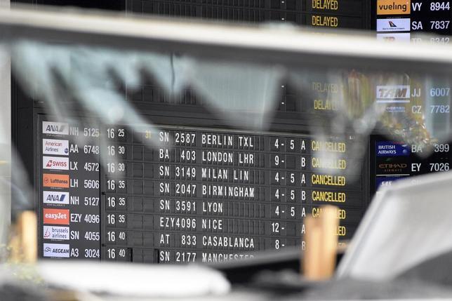 3月24日、ブリュッセル国際空港は早くても28日まで、旅客便の運航を停止すると発表した。写真はターミナルで23日代表撮影(2016年 ロイター)