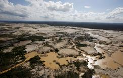 An area deforested by illegal gold mining is seen in a zone known as Mega 14, in the southern Amazon region of Madre de Dios July 14, 2015.  REUTERS/Janine Costa