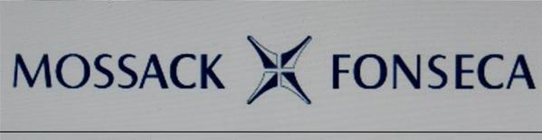 """Los organismos supervisores bancarios de Europa empezaron a revisar si sus entidades están relacionadas con la masiva filtración de documentos desde Panamá que mostró cómo son usadas las compañías """"offshore"""" para resguardar el patrimonio de sus clientes. Ilustración con la imagen del logo de Mossack Fonseca tomada el 4 de abril de 2016.  REUTERS/Reinhard Krause/Illustration - RTSDTEK"""