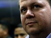 """Alejandro Jiménez, alias """"Palidejo"""", a su llegada a una corte en Ciudad de Guatemala, abr 7, 2016. Un tribunal de Guatemala condenó el jueves con penas de entre 50 y 53 años a cinco hombres por el asesinato en el 2011 del popular compositor y cantante argentino Facundo Cabral.  REUTERS/Josue Decavele"""