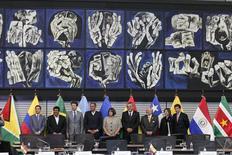 Una reunión de delegados de los principales exportadores de petróleo de América Latina terminó el viernes con un llamado para que productores dentro y fuera de la OPEP tomen medidas para estabilizar el mercado, pero sin que hubiese un consenso claro para apoyar un congelamiento del bombeo. 8 de abril 2016. REUTERS/Guillermo Granja