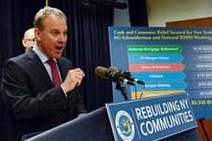 Attorney General Eric Schneiderman speaks at a news conference in the Manhattan borough in New York, April 11, 2016. REUTERS/Stephanie Keith