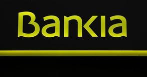 La nacionalizada anunció el miércoles que ya ha desembolsado 527 millones de euros por acuerdos con alrededor de un 80 por ciento de los accionistas que han aceptado la oferta de compensación de la entidad por la salida a bolsa en 2011 que los tribunales consideraron irregular. En la imagen, el logo de Bankia en Sevilla, 4 de marzo de 2016. REUTERS/Marcelo del Pozo