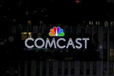 Le câblo-opérateur américain Comcast, propriétaire de NBCUniversal, a racheté DreamWorks Animation pour 3,8 milliards de dollars (3,35 milliards d'euros). /Photo d'archives/REUTERS/Brendan McDermid