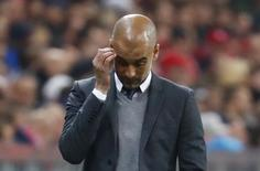 Pep Guardiola, técnico do Bayern de Munique, durante jogo contra Atlético de Madri.  03/05/2016 Reuters / Kai Pfaffenbach