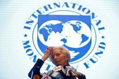 Глава МВФ Кристин Лагард на встрече министров финансов и глав ЦБ стран G20в Шанхае. Худшее для переживающей спад российской экономики позади, заявил Международный валютный фонд (МВФ) в пятницу, но предупредил о растущей неопределенности в отношении перспектив развития экономик Центральной Европы в связи с возможной стагнацией в странах еврозоны и политической нестабильностью.REUTERS/Aly Song